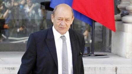محامو جهادية تحاكم في العراق يهاجمون وزير خارجية فرنسا