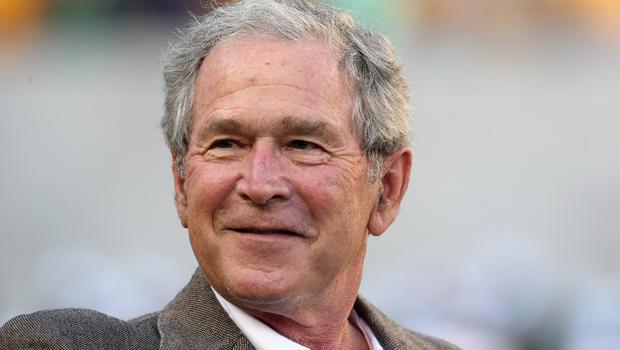 جورج بوش يؤكد ان شقيقه جيب سيكون رئيسا قويا