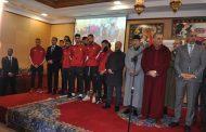 حفل استقبال بالقنيطرة على شرف أعضاء من المنتخب الوطني لكرة القدم داخل القاعة المتوج باللقب القاري