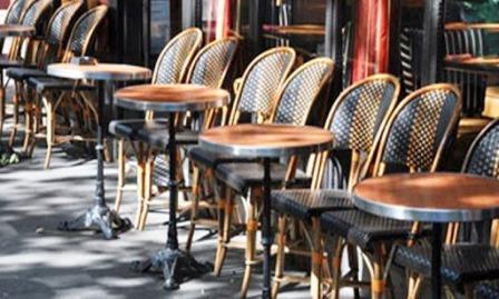 فتح المقاهي والمطاعم ومحلات الترفيه والحلاقة والشواطئ